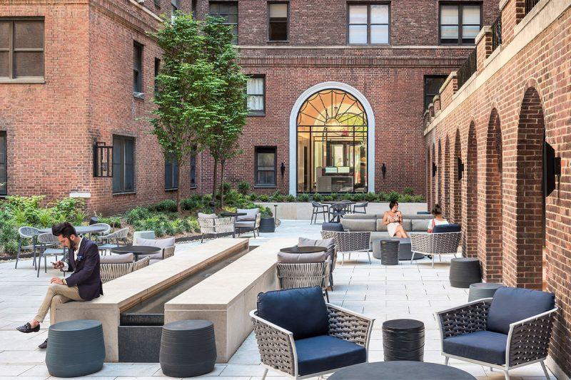 The-Buchanan8212June-2021-Courtyard-07